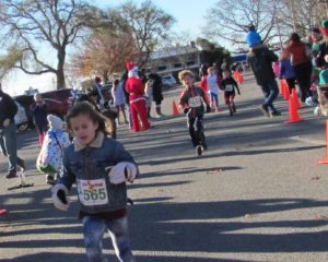 02-elf-run-here-comes-jonah